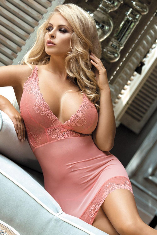 Beauty szett - luxus hálóing és női alsó rózsaszín S/M
